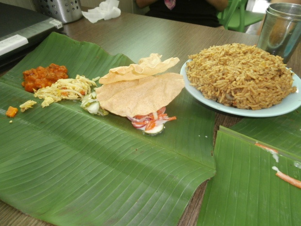My Indian friend Steffi says that food tastes better eaten off of a banana leaf with your hands. After this lunch I have to agree with her.